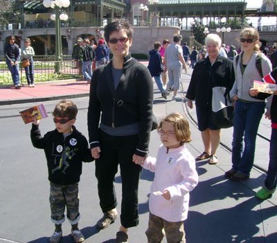 080308_disney_coldday.jpg
