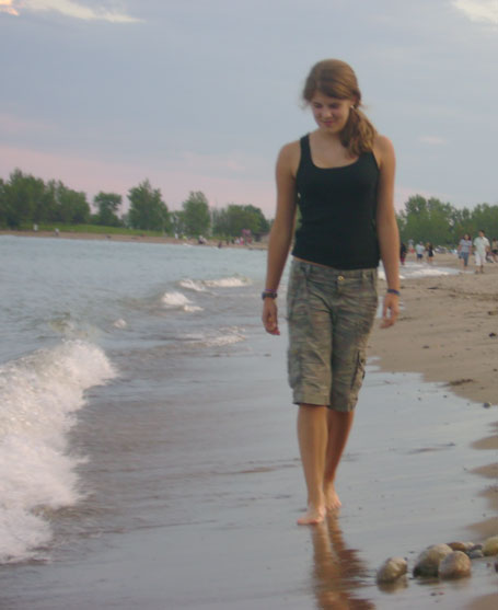 0807_maddy_on_beach.jpg