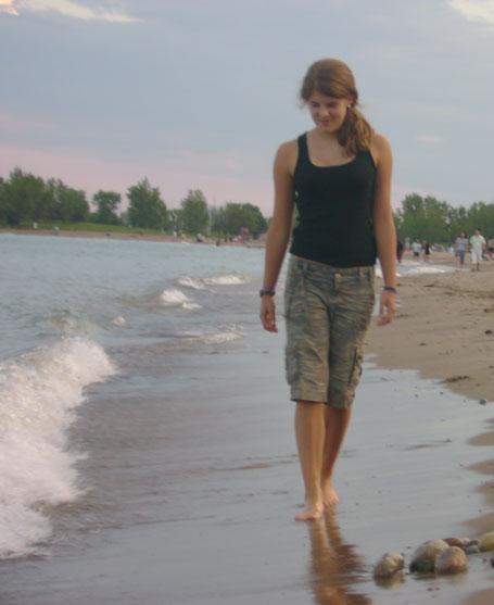 0807_maddy_on_beach.jpg